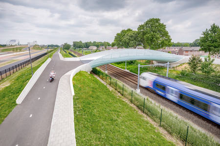 Paper: Bicycle and pedestrian bridge Sittard-Geleen